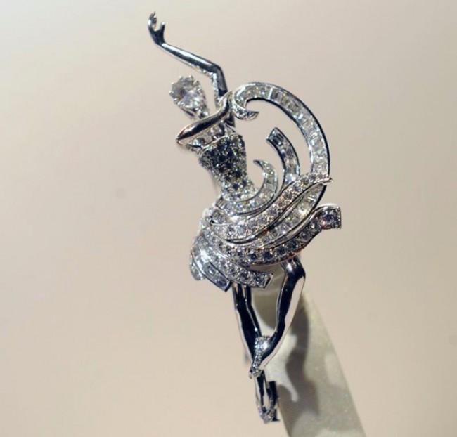 WTFSG-van-cleef-arpels-unveils-ballerina-clips-at-st-regis-singapore-5