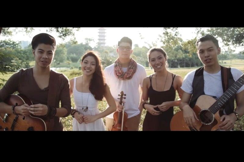 WTFSG_Sam-Willows_Josh-Wei_HOME-National-Day-Singapore