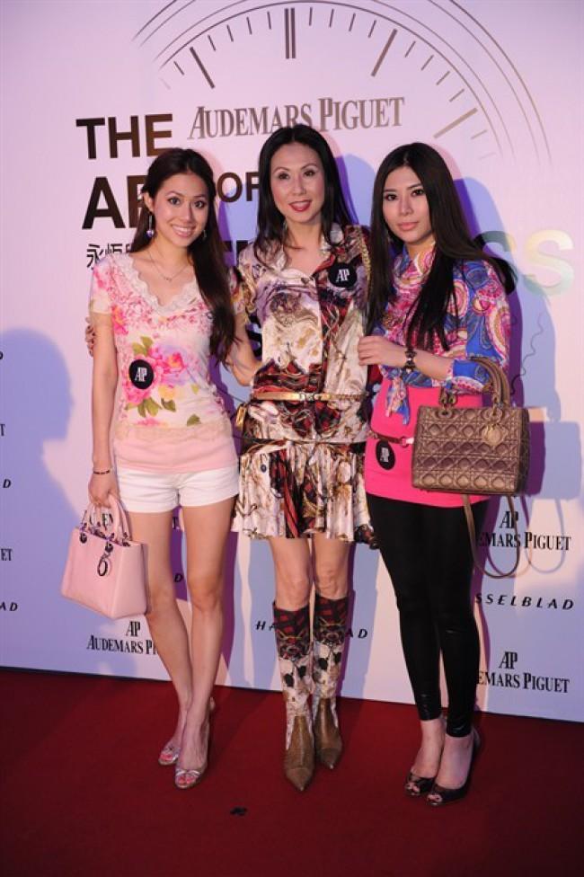 WTFSG_audemars-piguet-fetes-jules-audemars_Fiona-Tong_Isabella-Leung_Lydia-Tong