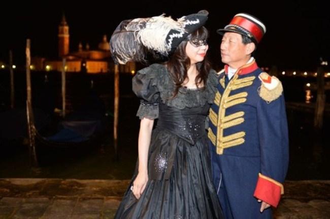 WTFSG_damiani-carnevale-di-venice-costume-ball_Sharon_Philip-Heng