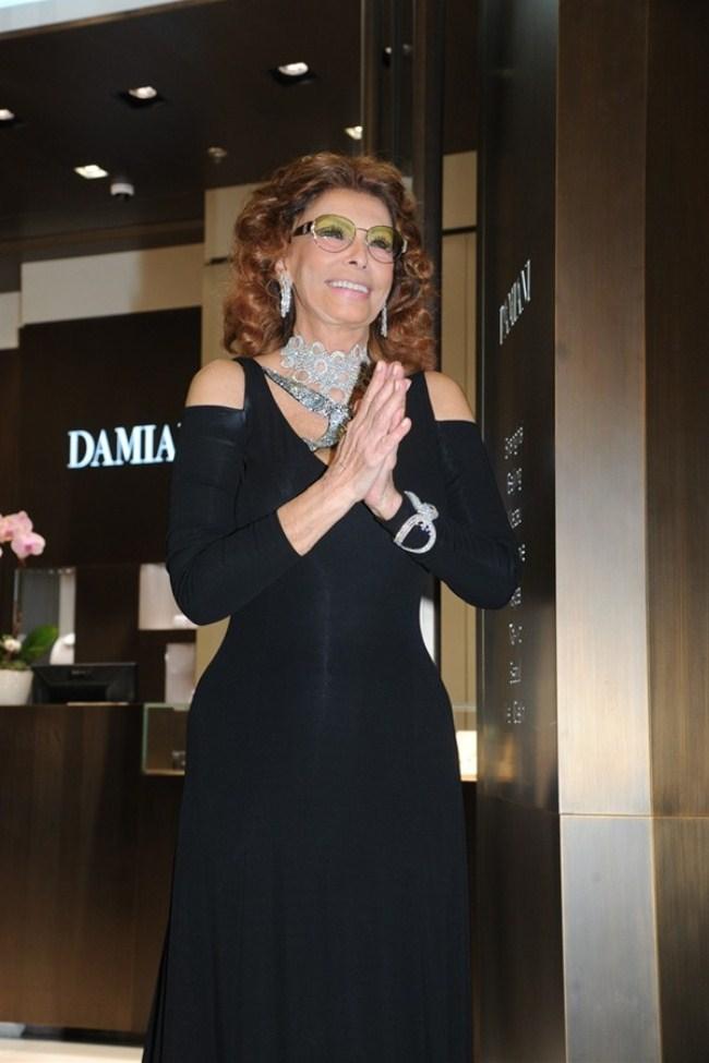WTFSG_damiani-re-opens-hong-kong-flagship_Sophia-Loren