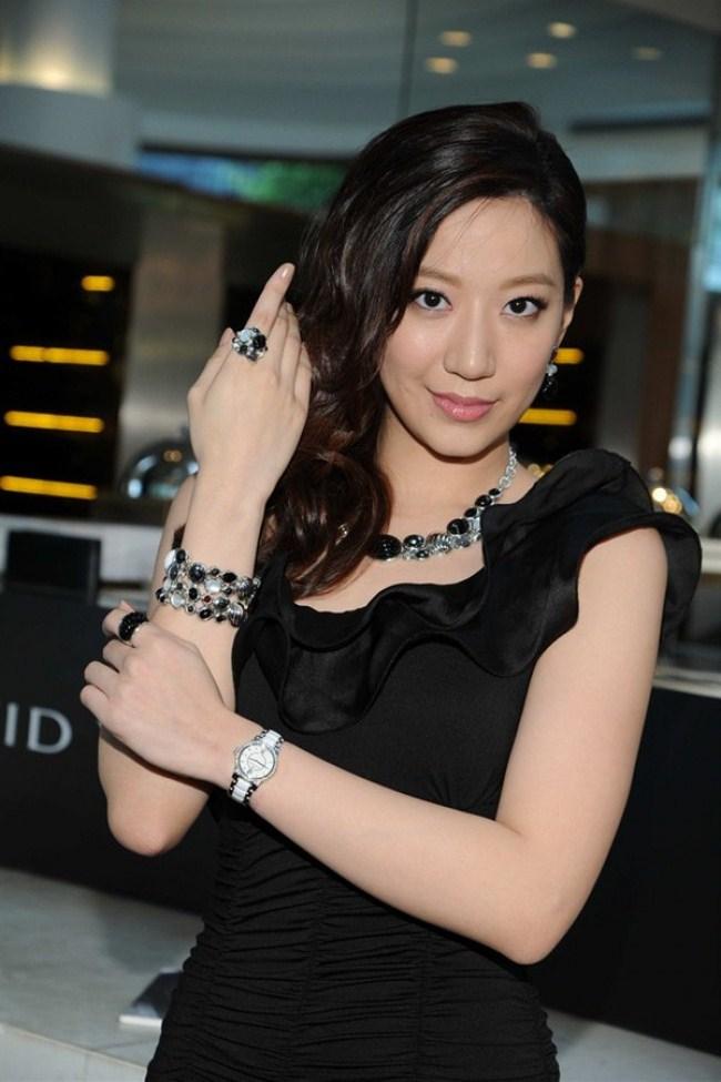 WTFSG_giuzeppe-zanotti-aw-2012-preview-hk_collection_Irene-Wang