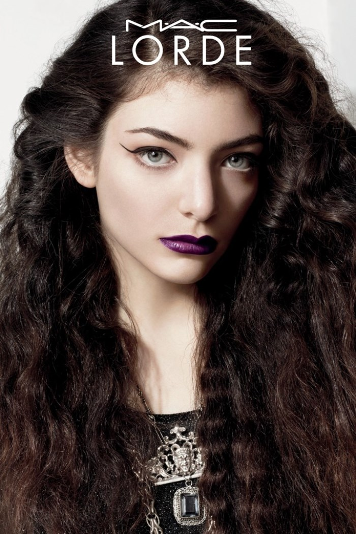 WTFSG_lorde-mac-cosmetics-makeup-photos