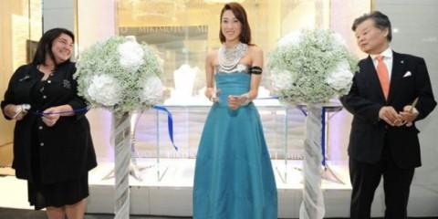 WTFSG_mikimoto-opens-flagship-boutique-singapore_Lisa-Williamson_Linda-Chung_Toshiyuki-Kumai