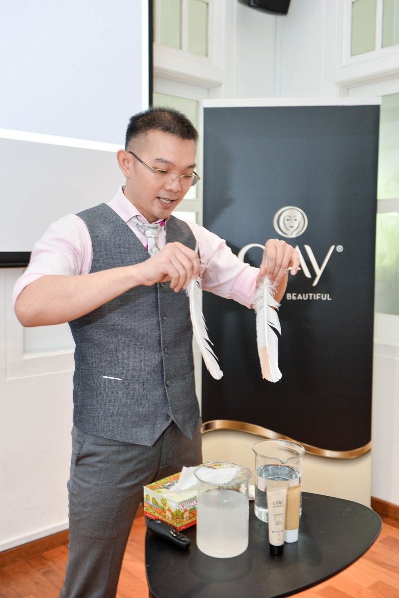 WTFSG_olay-total-effects-pore-minimizing-cc-cream-launch_David Khoo