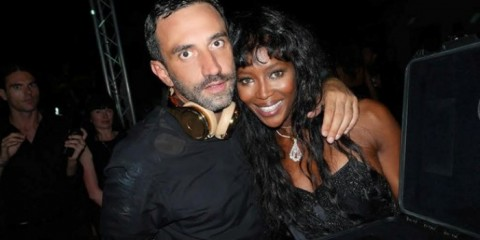 WTFSG_riccardo-tisci-for-beats-by-dre-announced_Naomi-Campbell_24-carat-gold-headphones