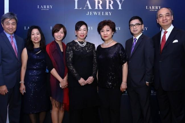 WTFSG_timeless-classic-larry-splendour-2014_Eric-Tay_Catherine-Ng_Dolphin-Yip_Selina-Chow_Laura-Chow_Alan-Lau_Caric-Hon