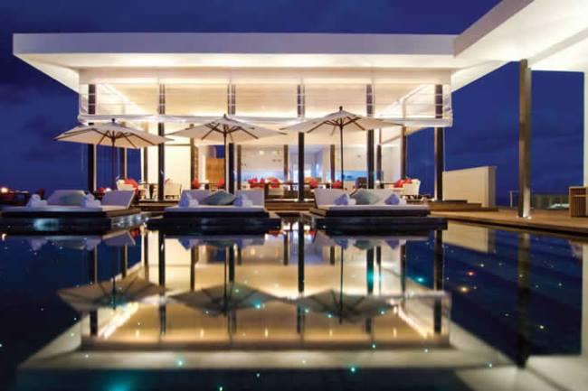 WTFSG_top-10-hotel-pools-in-the-world_jumeirah-dhevanafushi_maldives