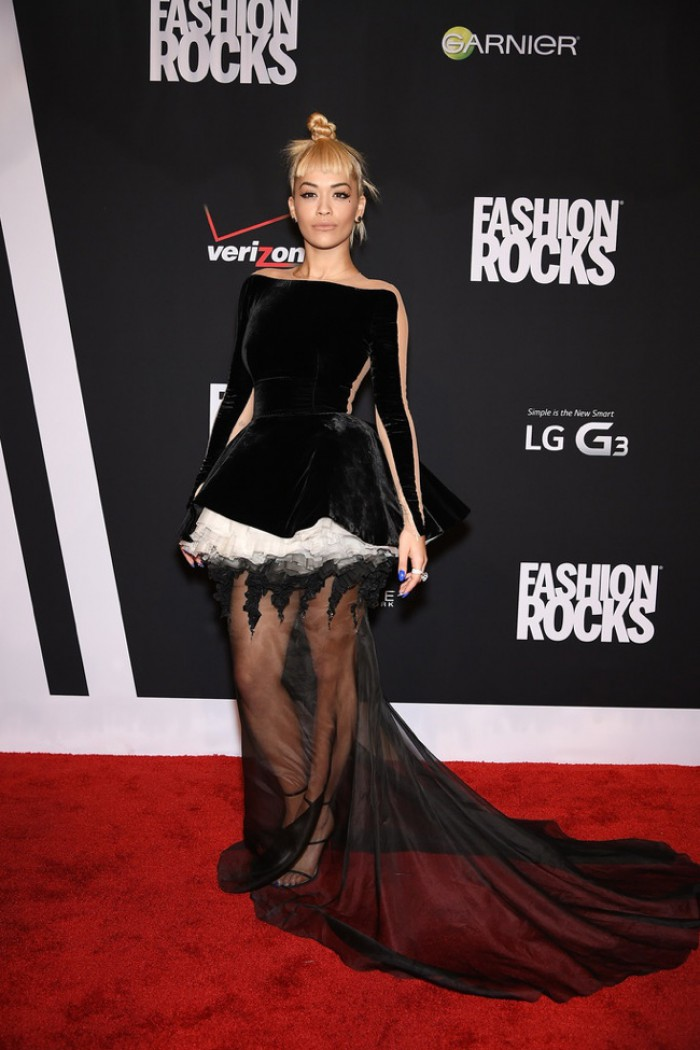WTFSG-fashion-rocks-2014-red-carpet-rita-ora-black-stephane-rolland