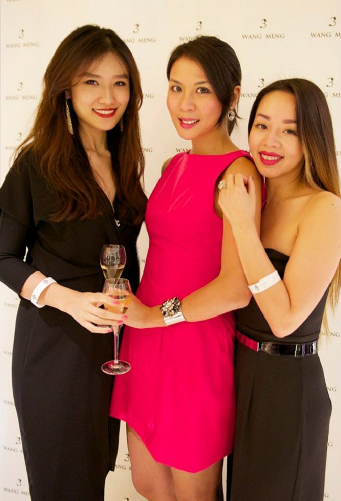 WTFSG-shades-of-ocean-popup-event-sofitel-so-hotel-lisha-zhao-grace-hung-cindy-N