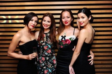 WTFSG_chow-tai-fook-showcases-reflections-of-siem-collection_Jaymee-Ong_Yvette-King_May-Wan_Sonya-Davison