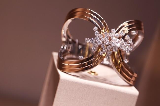 WTFSG_damiani-store-opening-starhill-gallery_jewel-cuffs