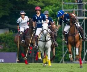 WTFSG_royal-salute-barclays-japan-cup-2014_1