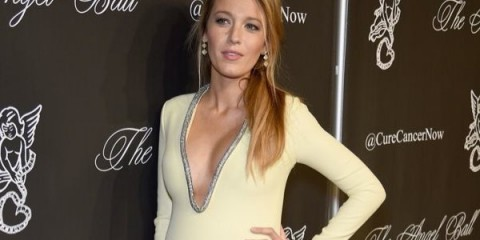 WTFSG-blake-lively-pregnant-gucci-gown
