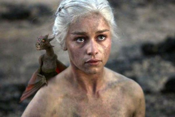 WTFSG_7-ways-to-not-look-like-an-idiot-travelling_Daenerys-Targaryen
