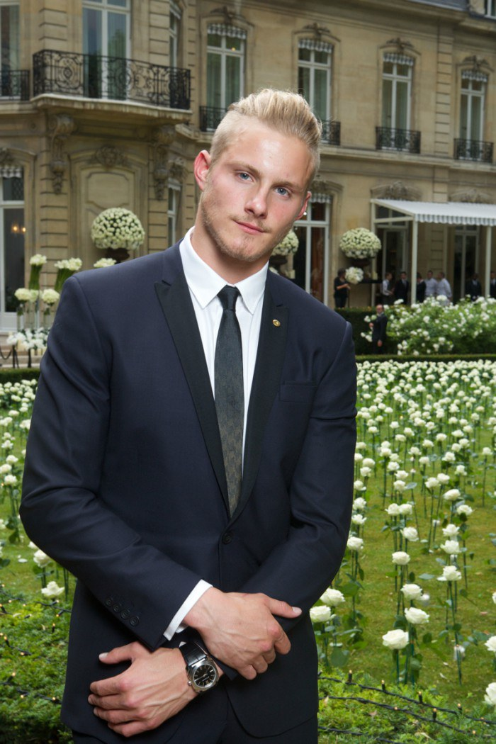WTFSG_BVLGARI-High-Jewelry-Show-Cocktail_BULGARI_Alexander-Ludwig