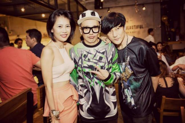WTFSG_a-classy-dinner-party_Celeste-Chong_Bobby-Luo_Ritz-Lim