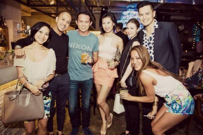 WTFSG_a-classy-dinner-party_Jojo-Lee_Kevin-Ou_Yuey-Tan_Celeste-Chong_Vanessa-Emily_Alicia-Pan_Herbert-Rafael