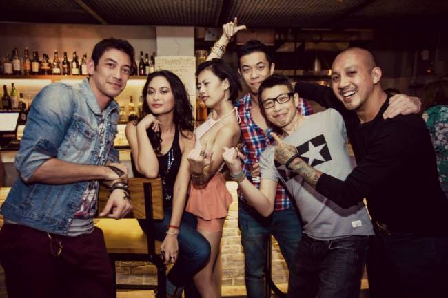 WTFSG_a-classy-dinner-party_Jonathan-Chan_Celeste-Chong_Andrew-T_Kean-Teo_Kevin-Ou