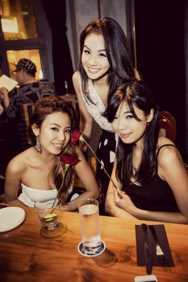 WTFSG_a-classy-dinner-party_YC-Teh_Ili Diyana