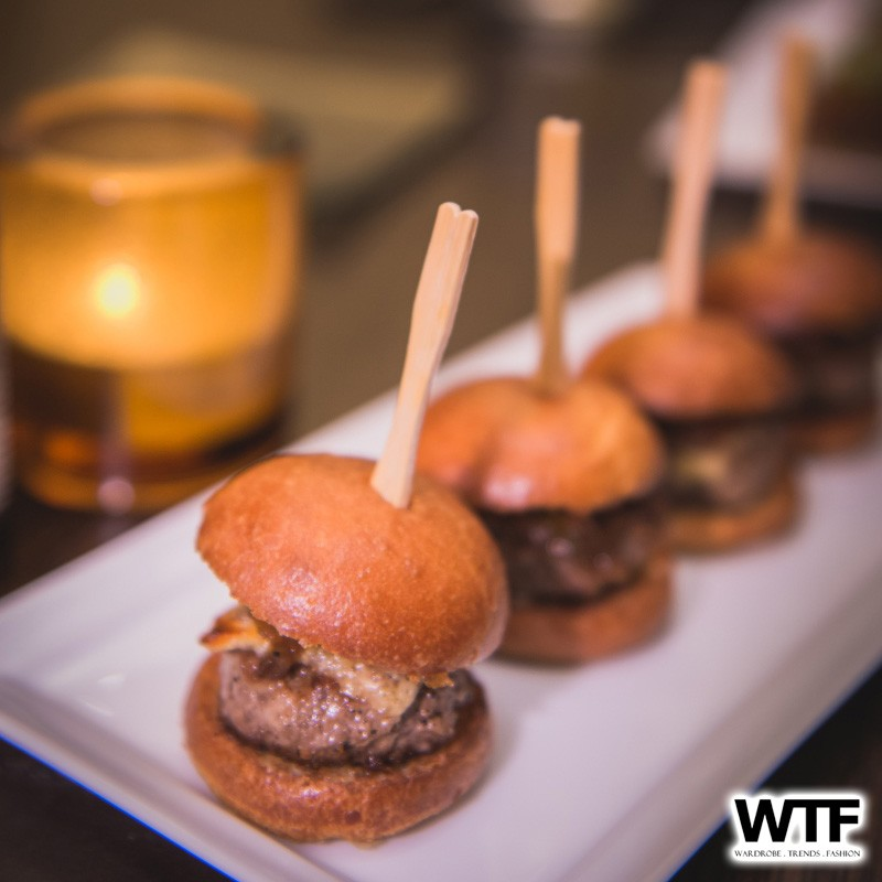 WTFSG_cut-by-wolfgang-puck-steak-MBS-singapore_Mini-Kobe-Sliders