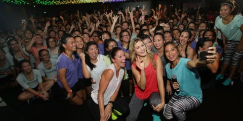 WTFSG_eugenie-bouchard-Marie-Purvis-rallies-600-girls-Nike-Training-Club-ntc-live-singapore