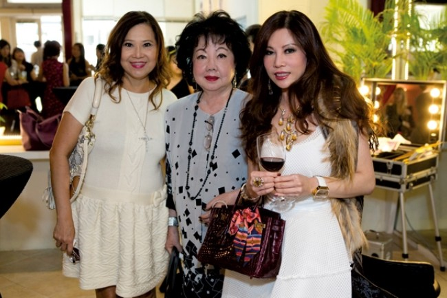 WTFSG_hollywood-secrets-official-opening-tea-party_Michelle-Lim_Shirley-Low_Grace-Kong