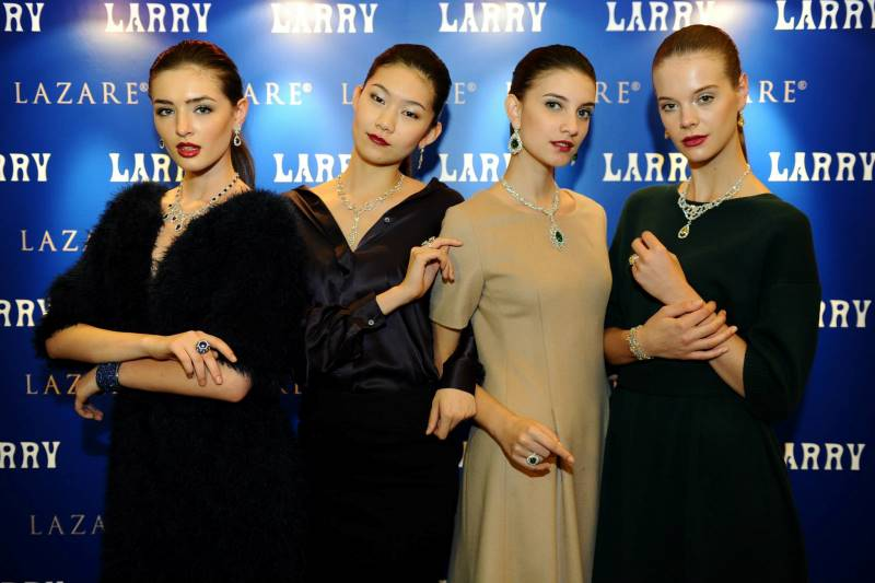 WTFSG_larry-jewelry-fall-winter-2013-fashion-show_Parthenon_Opera_Naiades_Fables