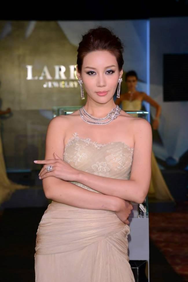 WTFSG_larry-splendor-2013-hong-kong_3
