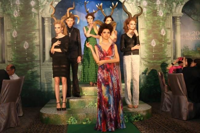 WTFSG_larry-splendour-2013_model-showcase
