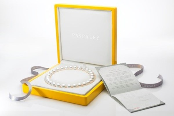 WTFSG_paspaley-introduces-strand-signature-diamond_3