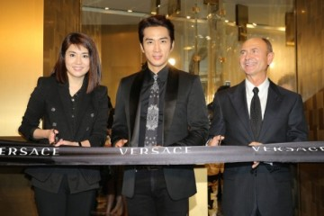 WTFSG_versace-flagship-store-opening-hong-kong_Yen-Leng_Song-Seung-Heon_Gian-Giacomo-Ferraris