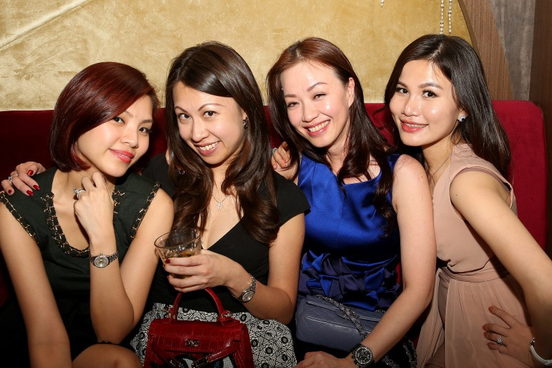 WTFSG_world-of-diamonds-party-chateaux_Evelyn-Hew_Charlene-Tan_Pauline-Leyw_Jilly-Wang