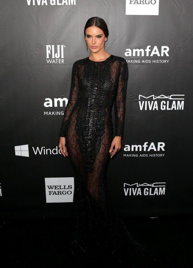 WTFSG-2014-amfAR-LA-Inspiration-Gala-red-carpet-alessandra-ambrosio