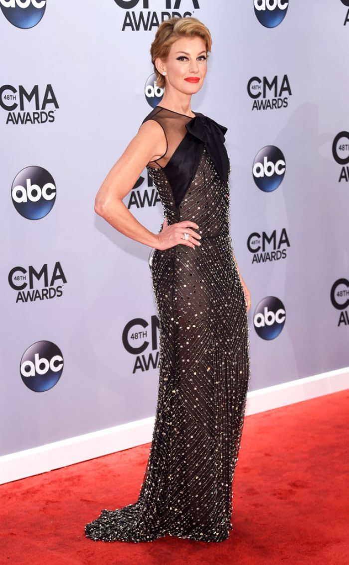 WTFSG-2014-cma-awards-faith-hill