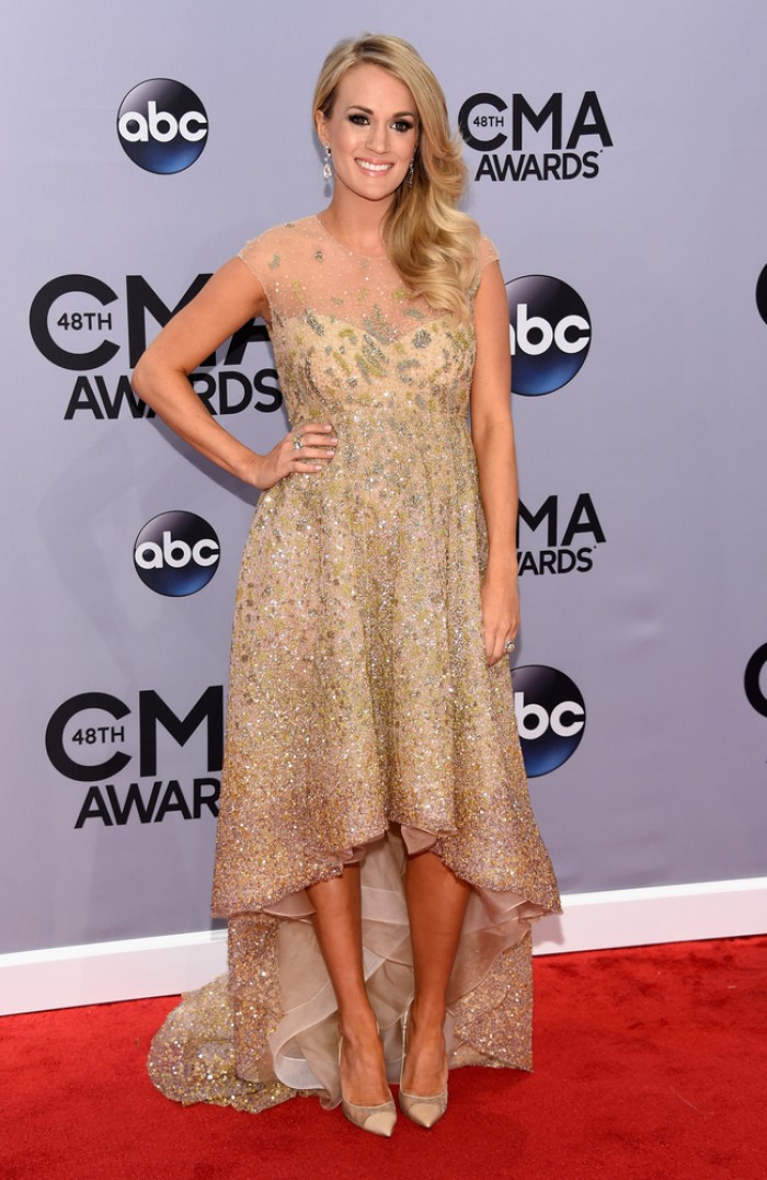 WTFSG-2014-cma-carrie-underwood