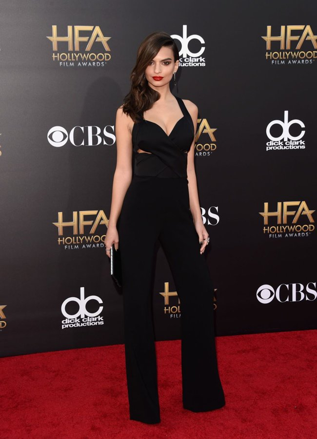 WTFSG-hollywood-film-awards-2014-red-carpet-emily-ratajkowski-black-jumpsuit-diane-von-furstenberg