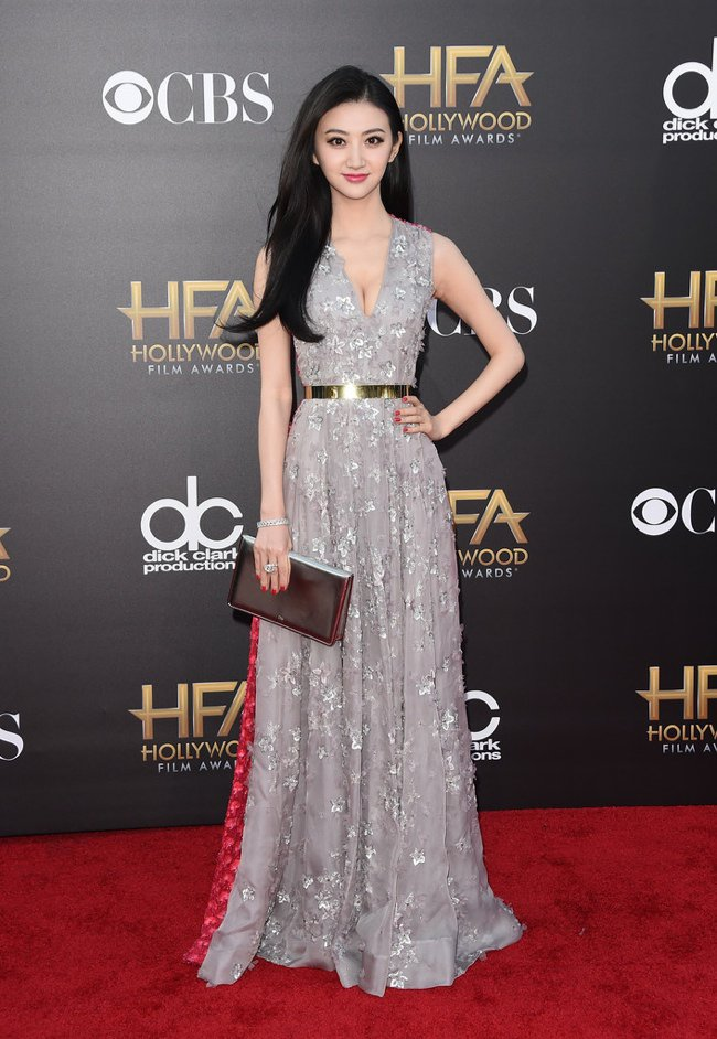 WTFSG-hollywood-film-awards-2014-red-carpet-jing-tian-dior-dress