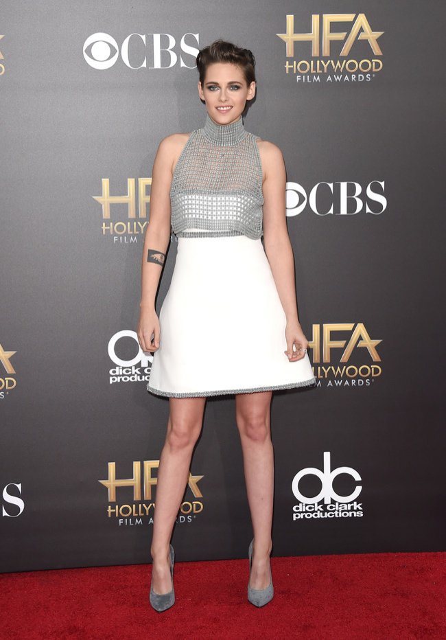 WTFSG-hollywood-film-awards-2014-red-carpet-kristen-stewart-chanel-dress