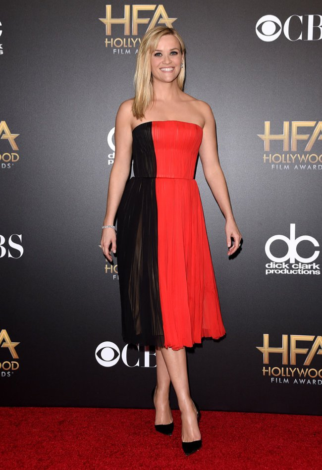 WTFSG-hollywood-film-awards-2014-red-carpet-reese-witherspoon-j-mendel-dress