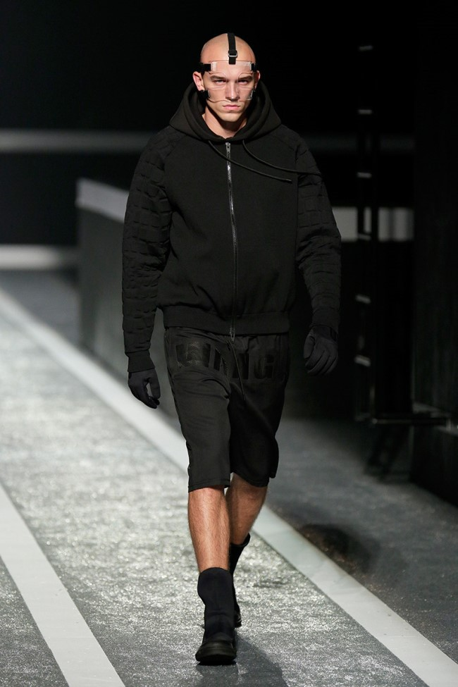 WTFSG_alexander-wang-x-hm-collection-debut-NYC_17