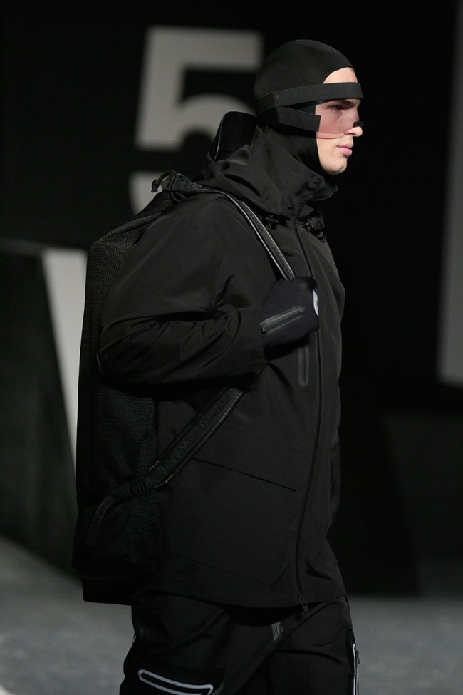WTFSG_alexander-wang-x-hm-collection-debut-NYC_19