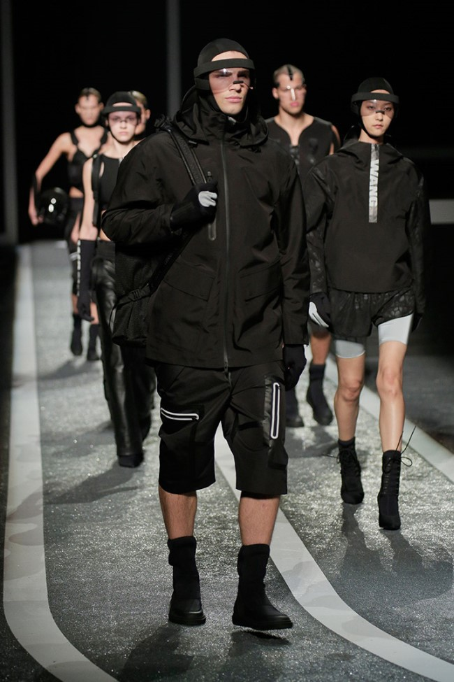 WTFSG_alexander-wang-x-hm-collection-debut-NYC_20