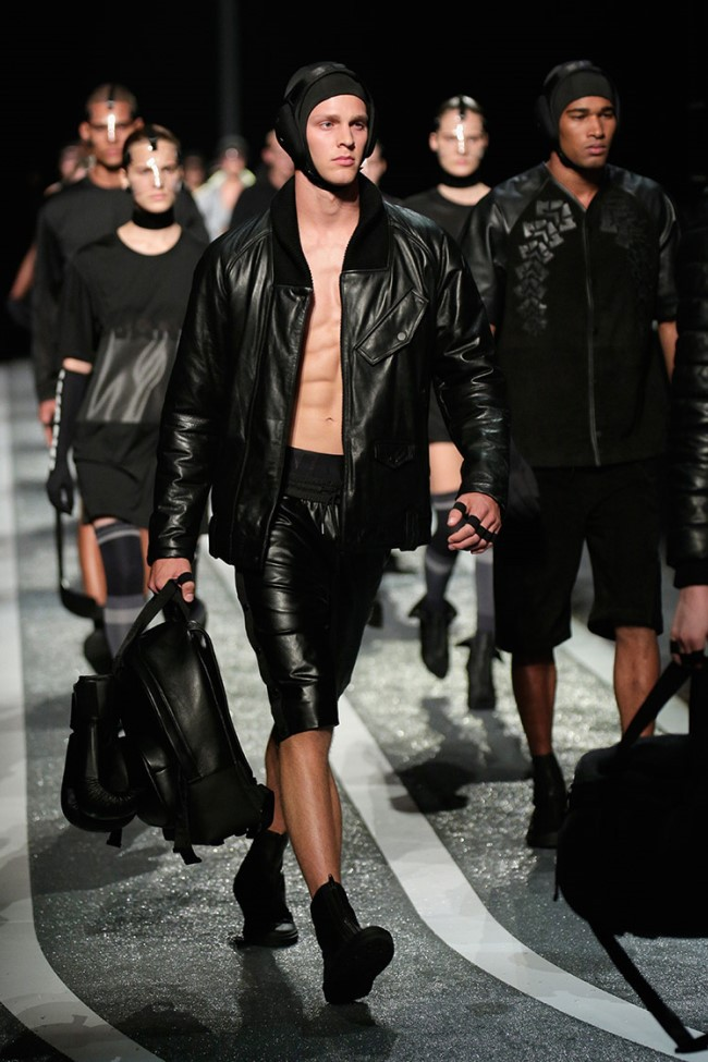 WTFSG_alexander-wang-x-hm-collection-debut-NYC_21