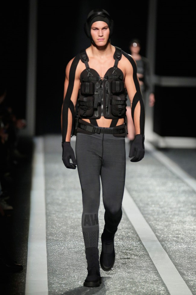 WTFSG_alexander-wang-x-hm-collection-debut-NYC_6