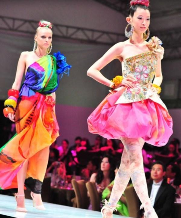 WTFSG_audi-fashion-festival-2009-christian-lacroix_1
