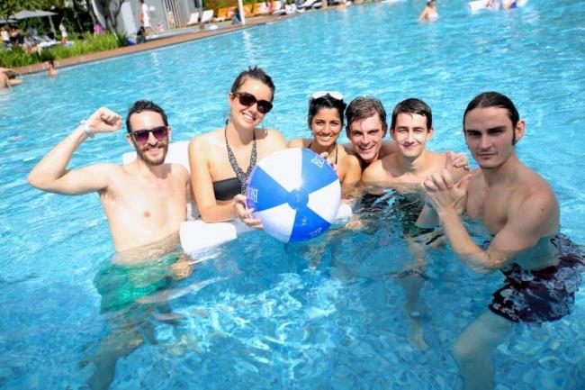 WTFSG_belvedere-music-lounge-bacchanalia-brunch_pool-party