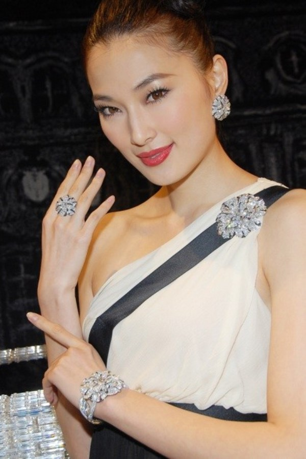 WTFSG_chanel-high-jewellery-collection-hk_model_2