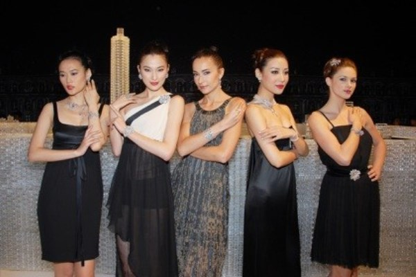 WTFSG_chanel-high-jewellery-collection-hk_models