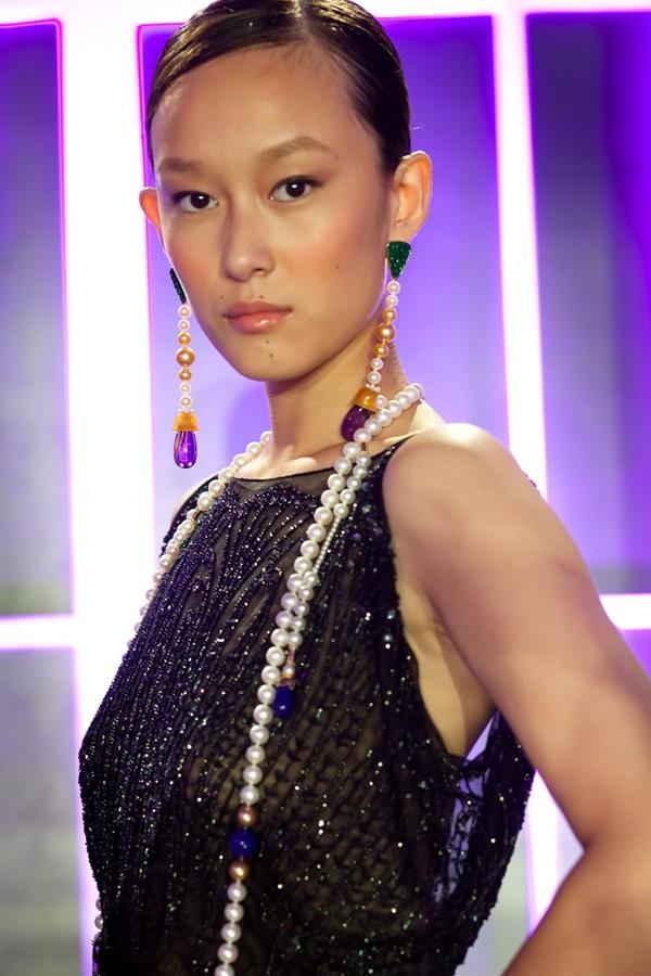 WTFSG_chow-tai-fook-danseuse-de-ballet_Yun-Yi